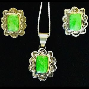 Navajo Gaspeite Sterling Necklace & Earring Set